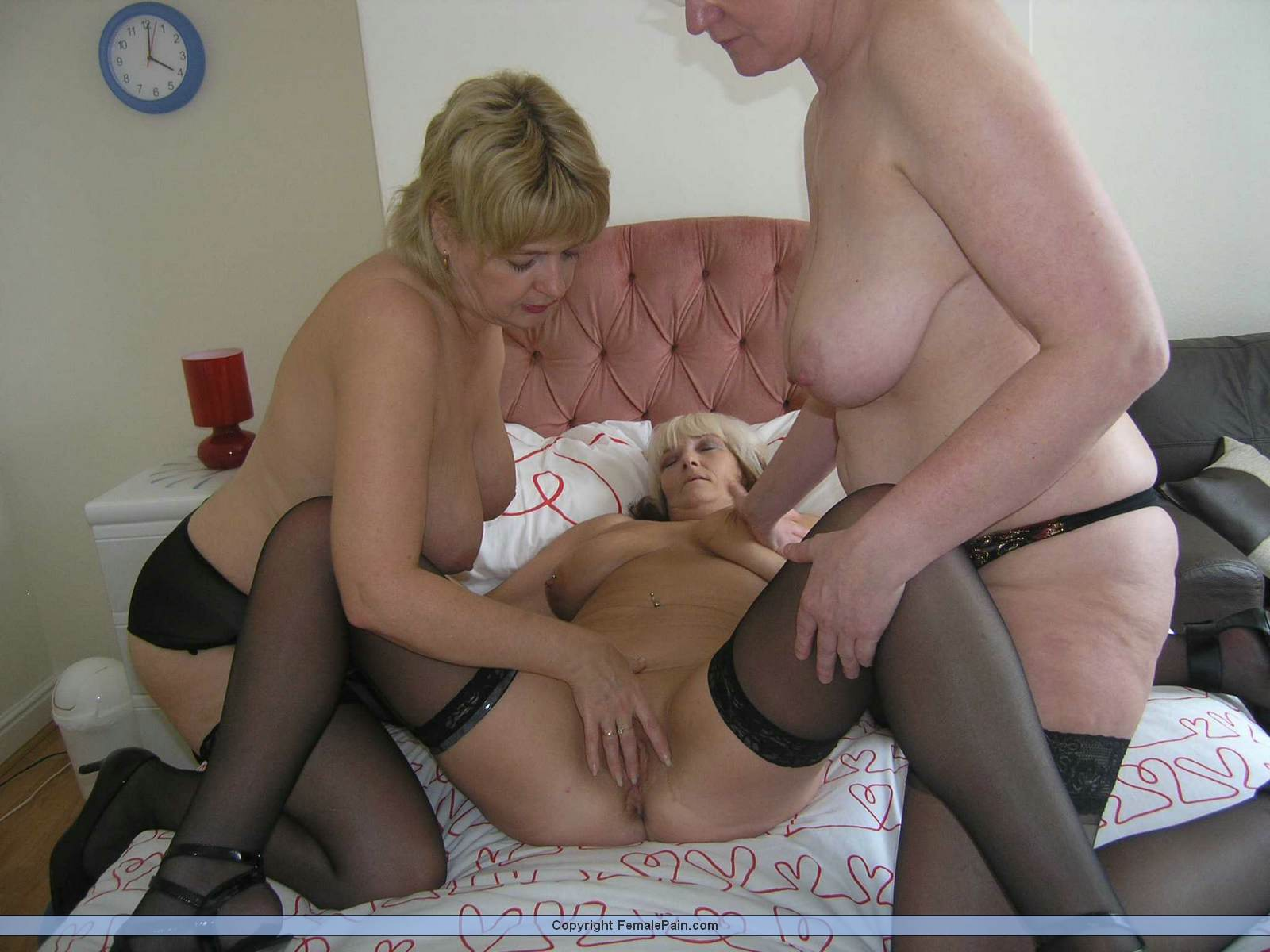 Mom and babby sitter porn